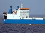 Пираты угрожают взорвать судно Faina, себя и оружие на борту